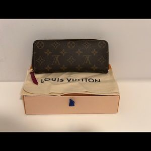 Louis Vuitton Clemence Wallet - Fuchia